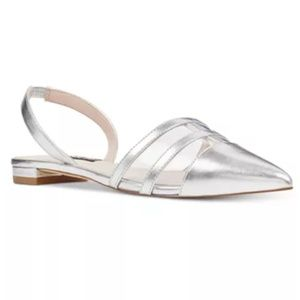 NWT NINE WEST Silver Avaiable Slingback Flats
